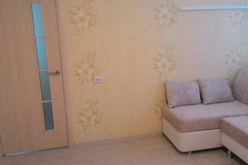 2-комн. квартира, 44 кв.м. на 5 человек, улица Тимофея Кривова, 9, Чебоксары - Фотография 10