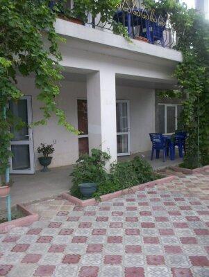 Коттедж, 100 кв.м. на 10 человек, 4 спальни, улица Чобан-Заде, 20, район Алчак, Судак - Фотография 1