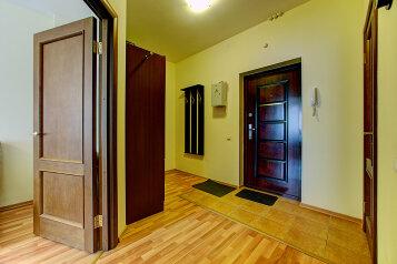 1-комн. квартира, 40 кв.м. на 4 человека, Коломяжский проспект, метро Пионерская, Санкт-Петербург - Фотография 4