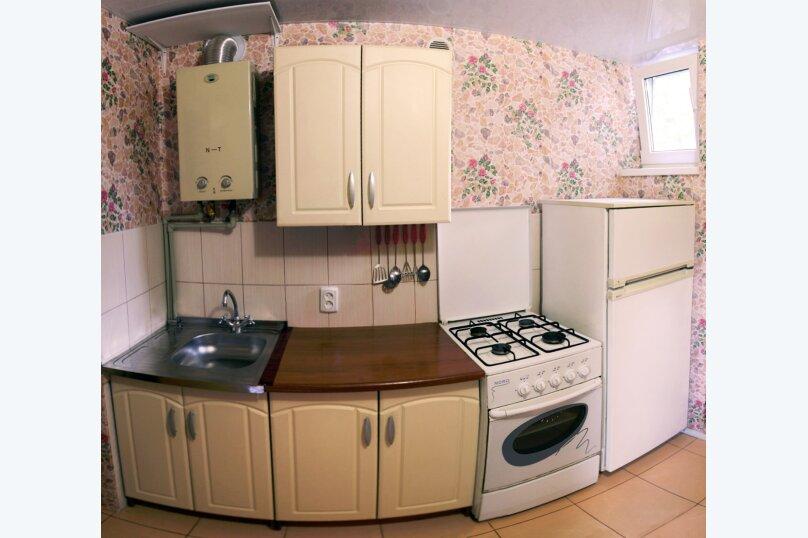 Уютный дом  со своим двориком., 30 кв.м. на 4 человека, 1 спальня, улица 8 Марта, 12, Феодосия - Фотография 19