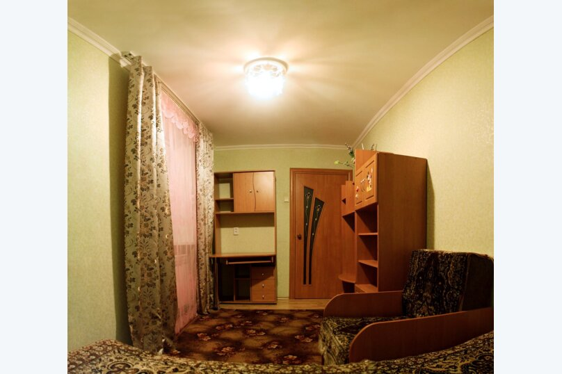 3-комн. квартира на 6 человек, улица Победы, 15, Динамо, Феодосия - Фотография 5