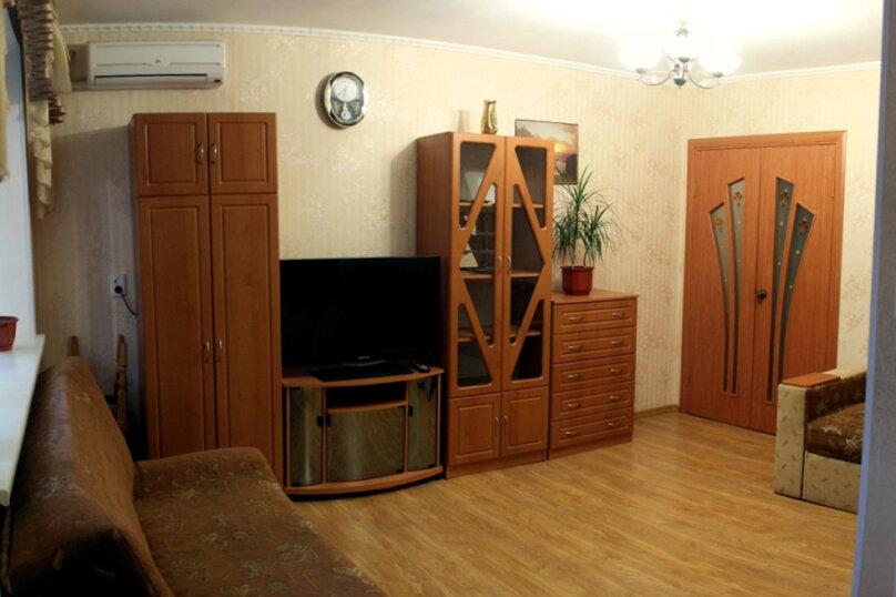 3-комн. квартира на 6 человек, улица Победы, 15, Динамо, Феодосия - Фотография 9