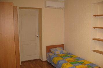 Сдам домик под ключ., 20 кв.м. на 3 человека, 1 спальня, Мопровский переулок, 3, Феодосия - Фотография 2
