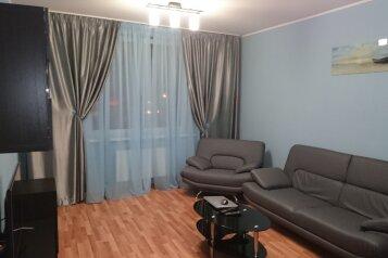 2-комн. квартира, 80 кв.м. на 4 человека, улица Шейнкмана, 90, Ленинский район, Екатеринбург - Фотография 2