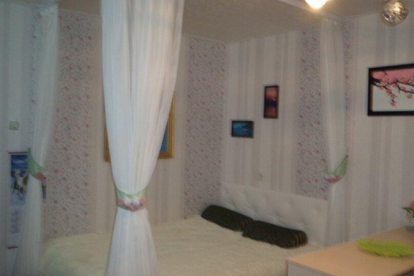 1-комн. квартира на 4 человека, улица Ленина, 4а, поселок Орджоникидзе, Феодосия - Фотография 1