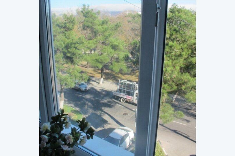 1-комн. квартира, 52 кв.м. на 5 человек, улица Советов, 23, Новороссийск - Фотография 3