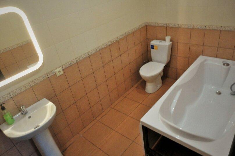 3 комнатный (6 спальных мест), зона отдыха, База отдыха «Волна», Екатеринбург - Фотография 3