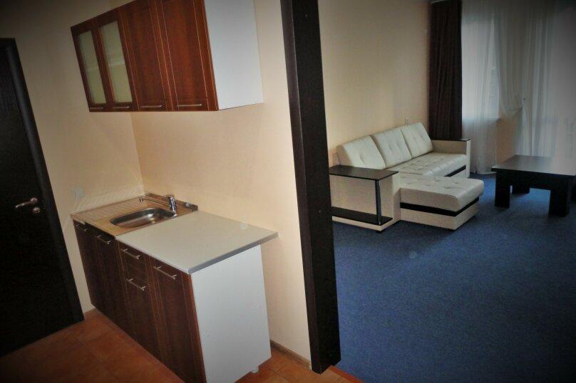 3 комнатный (6 спальных мест), зона отдыха, База отдыха «Волна», Екатеринбург - Фотография 1