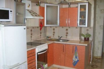 1-комн. квартира, 58 кв.м. на 4 человека, улица Астана Кесаева, Севастополь - Фотография 1