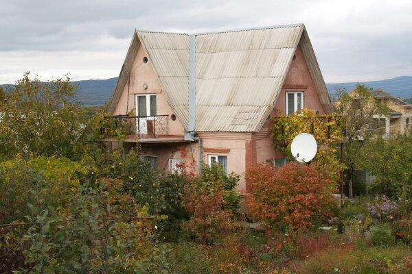 Коттедж в Кизиловом, 140 кв.м. на 11 человек, 4 спальни, село Кизиловое, ул. Центральная, 296, Орлиное - Фотография 1