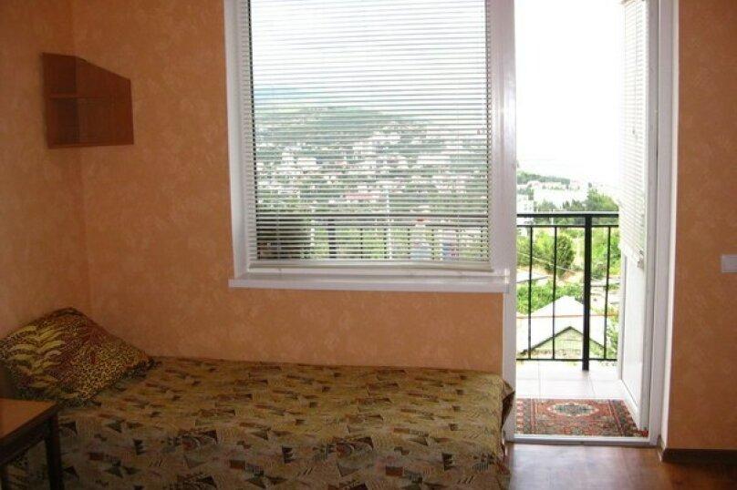 3-х местный номер с видом, 18 кв.м. на 4 человека, 1 спальня, улица Сергеева-Ценского, 6, Алушта - Фотография 7