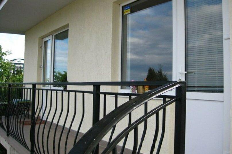 3-х местный номер с видом, 18 кв.м. на 4 человека, 1 спальня, улица Сергеева-Ценского, 6, Алушта - Фотография 9
