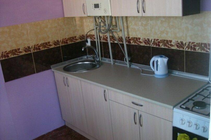 3-х местный номер с видом, 18 кв.м. на 4 человека, 1 спальня, улица Сергеева-Ценского, 6, Алушта - Фотография 11
