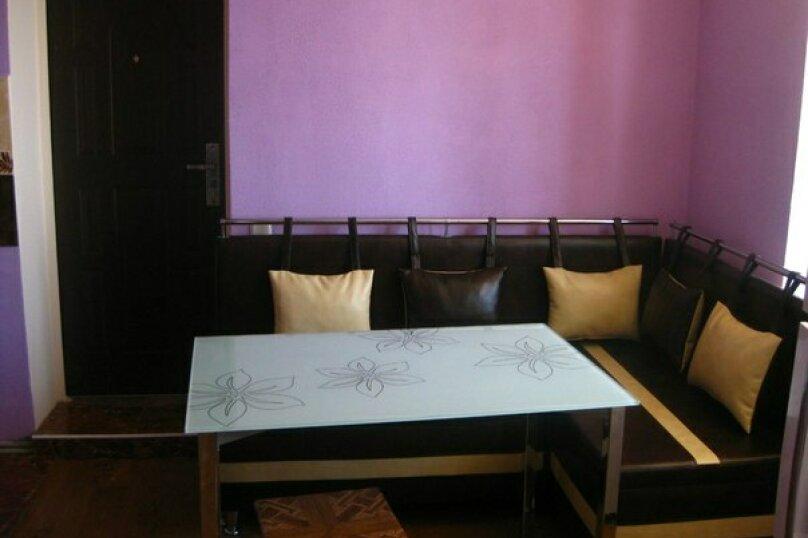 3-х местный номер с видом, 18 кв.м. на 4 человека, 1 спальня, улица Сергеева-Ценского, 6, Алушта - Фотография 12