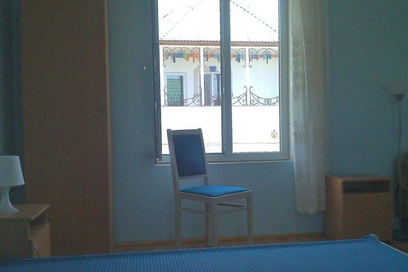 """Гостевой дом """"Людям мило - у Людмилы"""", 3-я линия, левая часть на 5 комнат - Фотография 61"""