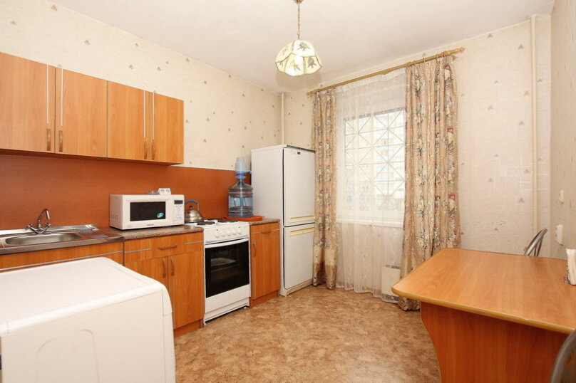 2-комн. квартира, 65 кв.м. на 7 человек, улица 40-летия Победы, 29Б, Челябинск - Фотография 11