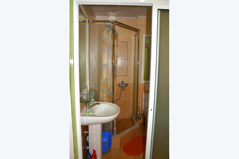1-комн. квартира, 25 кв.м. на 3 человека, улица Кирова, 12, Ялта - Фотография 16