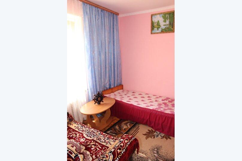 3х комнатный с доп. местом, улица Генерала Бирюзова, 61, Судак - Фотография 4