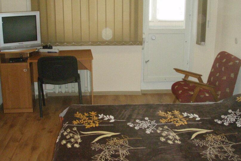 1-комн. квартира, 33 кв.м. на 3 человека, улица Меньшикова, 27, Севастополь - Фотография 2