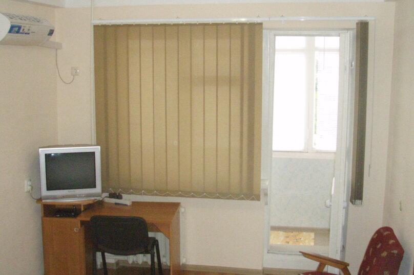 1-комн. квартира, 33 кв.м. на 3 человека, улица Меньшикова, 27, Севастополь - Фотография 3