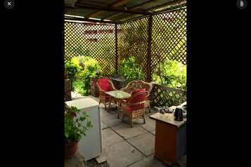 Дача с летней кухней, 60 кв.м. на 4 человека, 2 спальни, улица Строителей, 5А, Гурзуф - Фотография 2