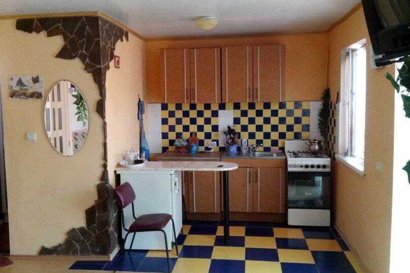 Жилье для отдыха частный сектор, улица Гоголя, 53 на 3 комнаты - Фотография 2