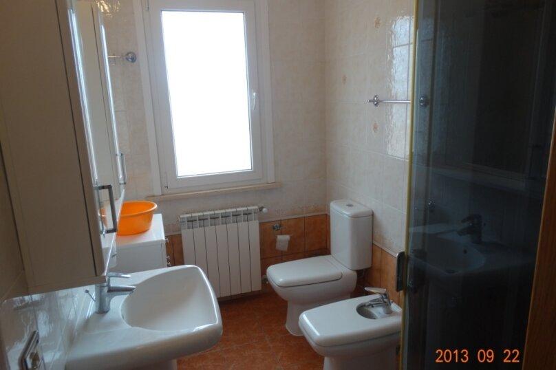 Дом в итальянском стиле класса люкс 2-х этажный 6-ти комнатный, 200 кв.м. на 10 человек, 5 спален, , , Судак - Фотография 18