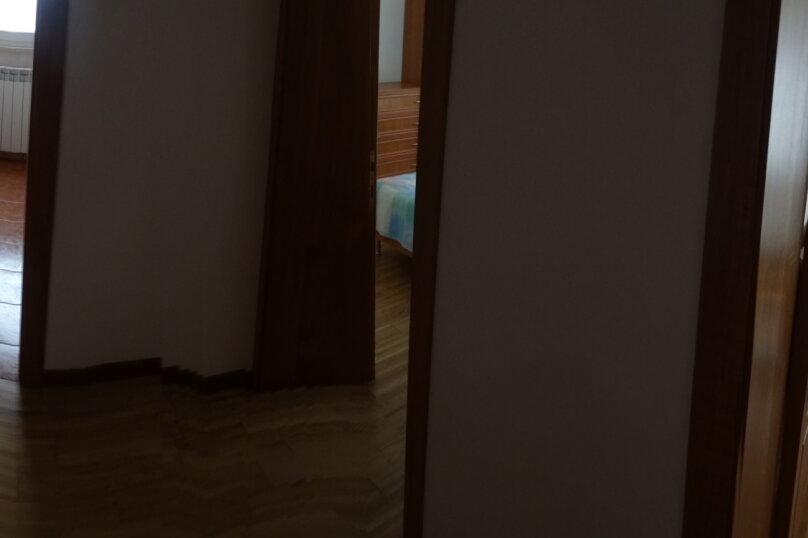 Дом в итальянском стиле класса люкс 2-х этажный 6-ти комнатный, 200 кв.м. на 10 человек, 5 спален, , , Судак - Фотография 22