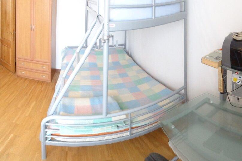 Дом в итальянском стиле класса люкс 2-х этажный 6-ти комнатный, 200 кв.м. на 10 человек, 5 спален, , , Судак - Фотография 24