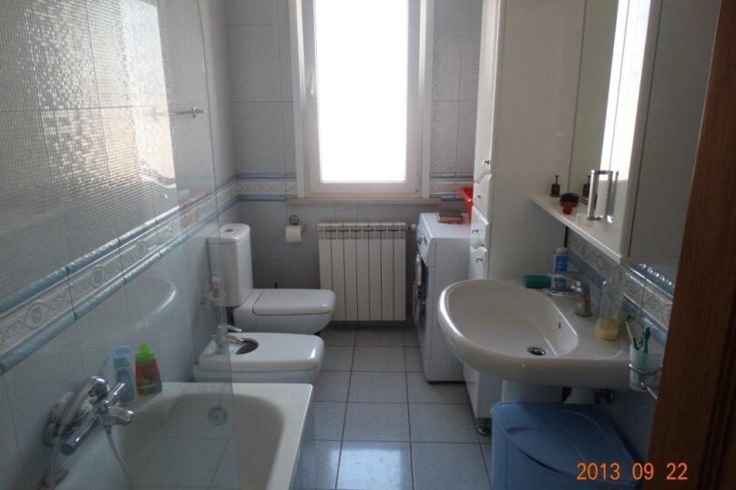 Дом в итальянском стиле класса люкс 2-х этажный 6-ти комнатный, 200 кв.м. на 10 человек, 5 спален, , , Судак - Фотография 26