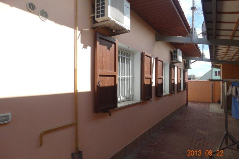Дом в итальянском стиле класса люкс 2-х этажный 6-ти комнатный, 200 кв.м. на 10 человек, 5 спален, , , Судак - Фотография 28