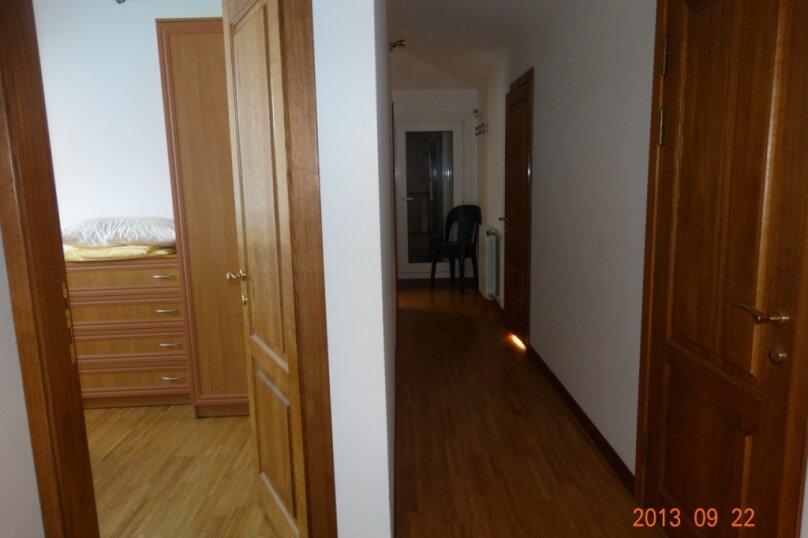 Дом в итальянском стиле класса люкс 2-х этажный 6-ти комнатный, 200 кв.м. на 10 человек, 5 спален, , , Судак - Фотография 34