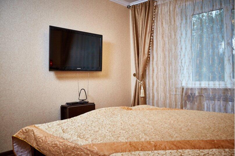 3-комн. квартира, 62 кв.м. на 6 человек, улица Фридриха Энгельса, 91, Калуга - Фотография 1