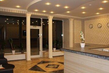 Отель, улица Бабушкина, 156 на 17 номеров - Фотография 2