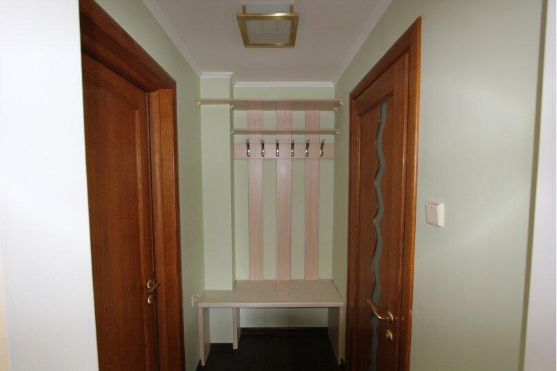 №8 апартаменты 6ти местн 2ух комнатныес балконом, Гвардейская улица, 10Б, Алушта - Фотография 1