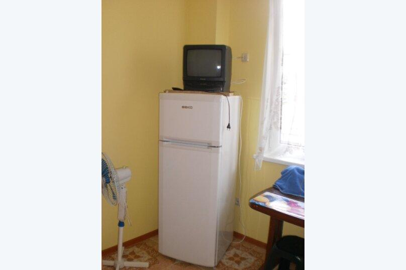 3-х местный номер, улица Яна Булевского, 6, Ялта - Фотография 2