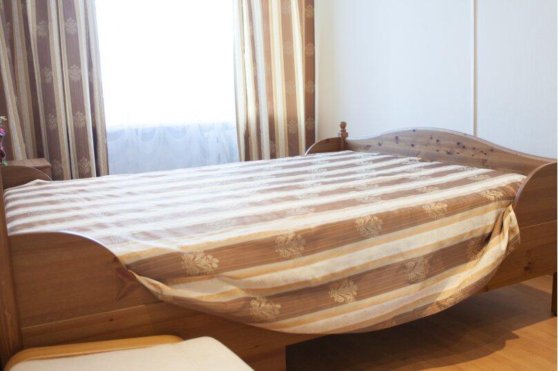 2-комн. квартира, 52 кв.м. на 4 человека, Советская улица, 65, Челябинск - Фотография 19