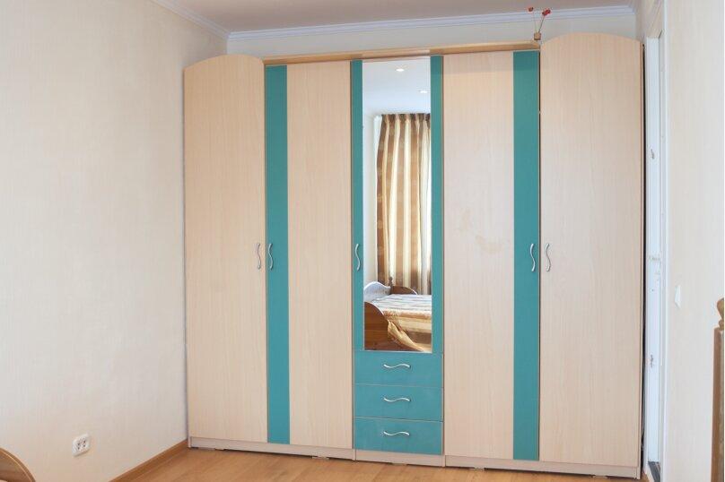 2-комн. квартира, 52 кв.м. на 4 человека, Советская улица, 65, Челябинск - Фотография 25
