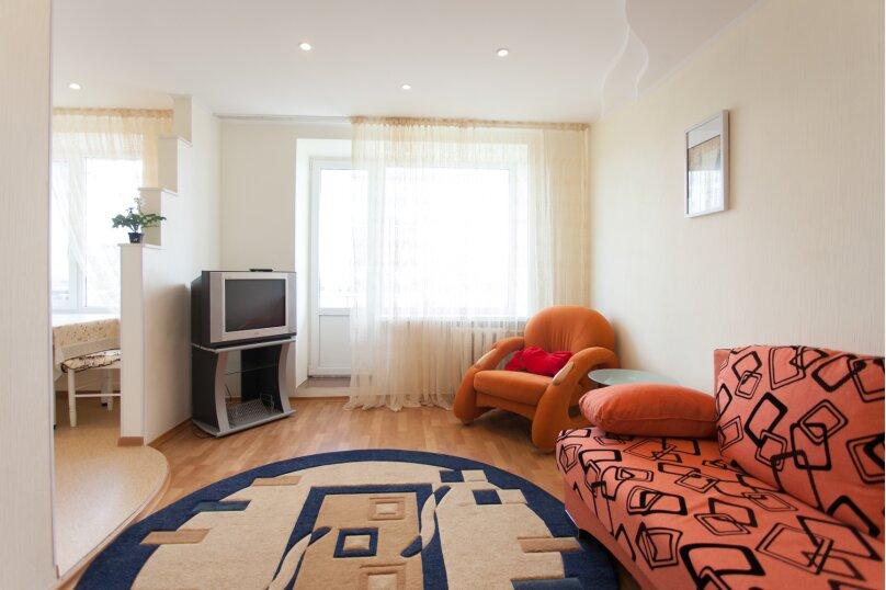 2-комн. квартира, 52 кв.м. на 4 человека, Советская улица, 65, Челябинск - Фотография 36