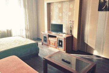 1-комн. квартира, 38 кв.м. на 4 человека, 3-я Енисейская улица, Кировский округ, Омск - Фотография 1