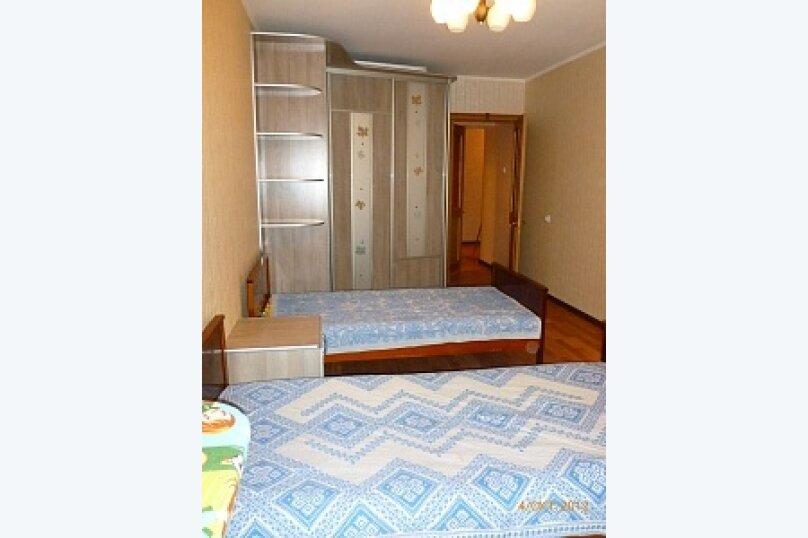 2-комн. квартира, 64 кв.м. на 4 человека, Учебная улица, 8, Томск - Фотография 1