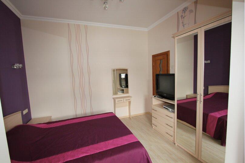 №5 люкс 2ух комнатный 3-ех местн, Генуэзский тупик, 2Д, Алушта - Фотография 4