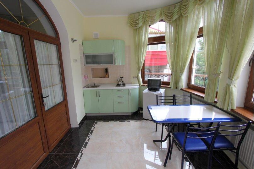 №5 люкс 2ух комнатный 3-ех местн, Генуэзский тупик, 2Д, Алушта - Фотография 6