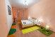2-комн. квартира, 60 кв.м. на 4 человека, улица Семьи Шамшиных, Центральный район, Новосибирск - Фотография 1