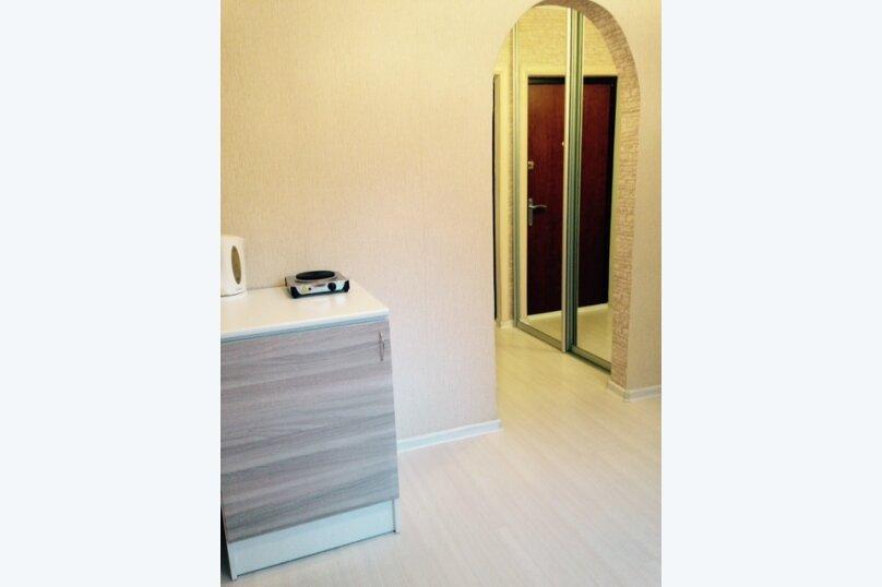 1-комн. квартира, 14 кв.м. на 2 человека, улица 50 лет ВЛКСМ, 91Б, Тюмень - Фотография 2