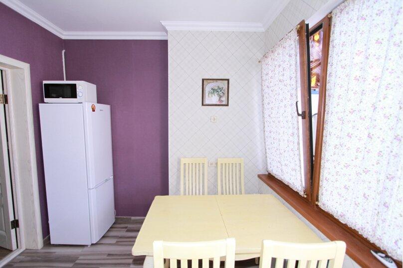 №3 Люкс 3-4ех местн + кухня, Красногвардейская улица, 19, Геленджик - Фотография 3