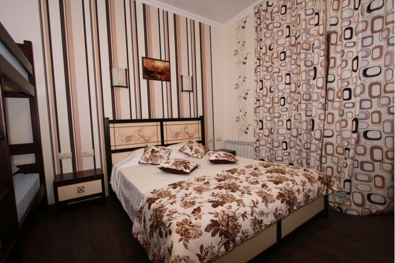 №5 люкс 4ех местн с балконом, Красногвардейская улица, 19, Геленджик - Фотография 4