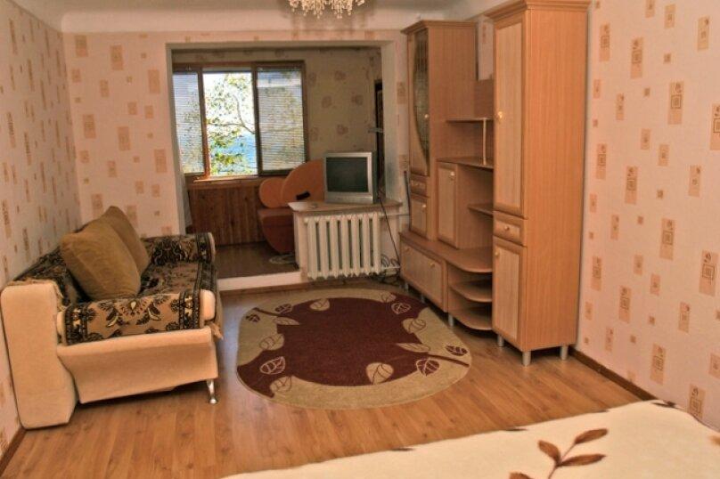 1-комн. квартира, 32 кв.м. на 5 человек, улица Космонавтов, 5, Форос - Фотография 5