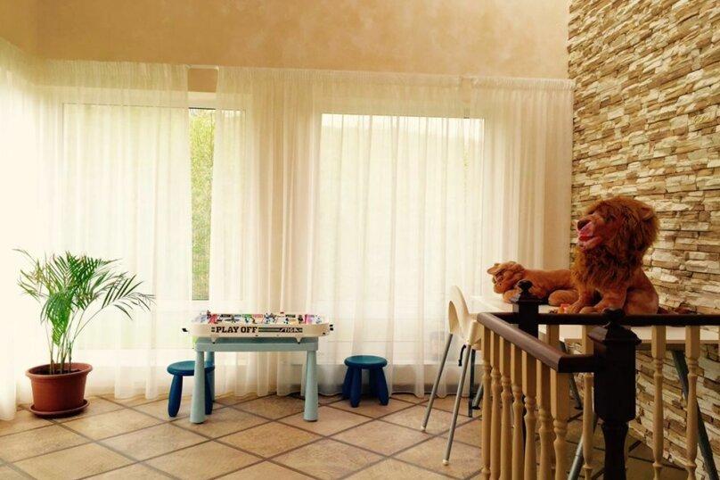 Коттедж с 4 спальнями, сауной, камином и бильярдом в Порошкино, 300 кв.м. на 8 человек, 4 спальни, массив Пасечный, 10, деревня Порошкино, Бугры - Фотография 23