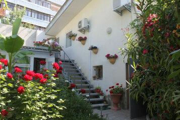 Коттедж, 80 кв.м. на 5 человек, 2 спальни, Серный переулок, 9, Судак - Фотография 1